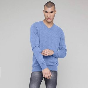 Galleries Lafayette Wool V Neck sweater pullover M